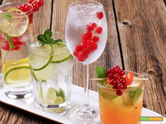 Rinfrescanti e dissentati cocktails estivi