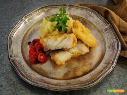 Filetti di pesce in croccante pastella di birra con merluzzo, persico o nasello