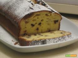 Pan dolce con gocce di cioccolato fondente o per riciclare la cioccolata