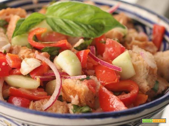 Panzanella Toscana vegana