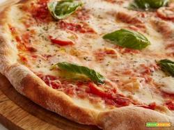 Piazza Napoletana la classica pizza della regina Margherita