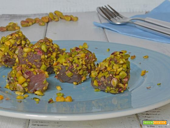 Tonno in crosta di pistacchi