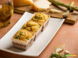 Muffins con fave e asparagi: la versione salata del dolce inglese