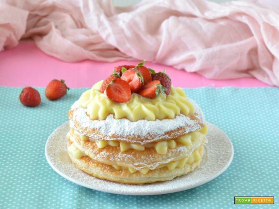 Millefoglie con crema pasticcera e fragole