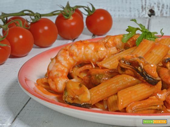 Pasta cozze e gamberetti ricetta veloce