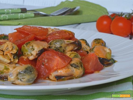 Insalata veloce di cozze e pomodorini