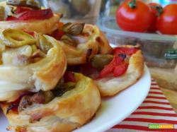 Girelle salate ai peperoni e olive