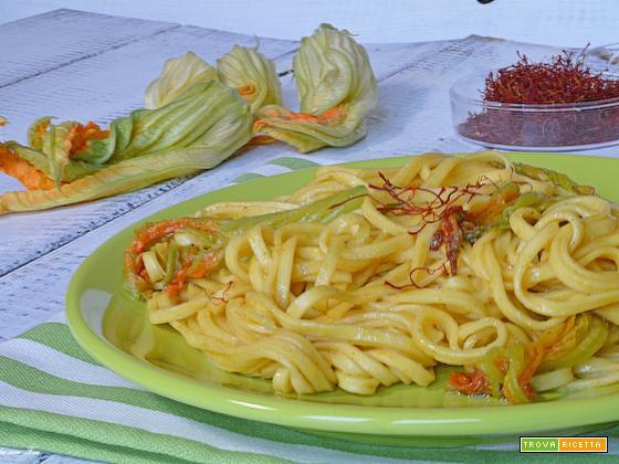 Pasta con fiori di zucca ricetta leggera