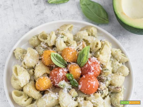 Ricetta pasta con pesto di avocado – facile e veloce