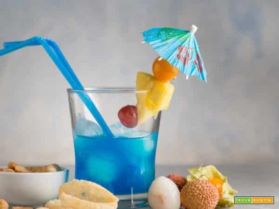 Blue hawaiian, la versione azzurra della piña colada