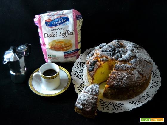 Torta soffice con albicocche e prugne secche