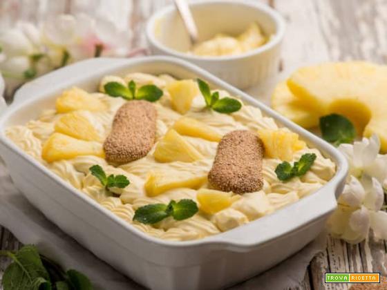 Il goloso e fresco tiramisù all'ananas, un dessert che fa gola a tutti