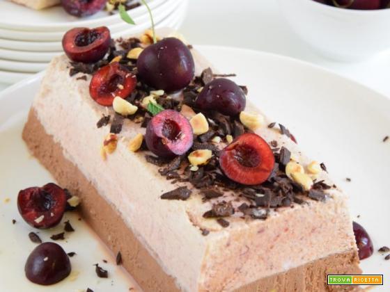 Parfait alle ciliegie e cioccolato fondente
