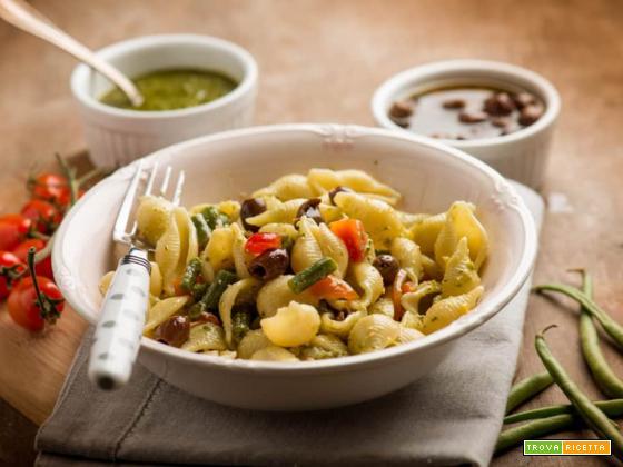 Per l'estate: conchiglioni con pesto, fagiolini e datterini
