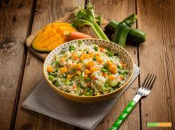 Esotica insalata di riso con mango e verdure