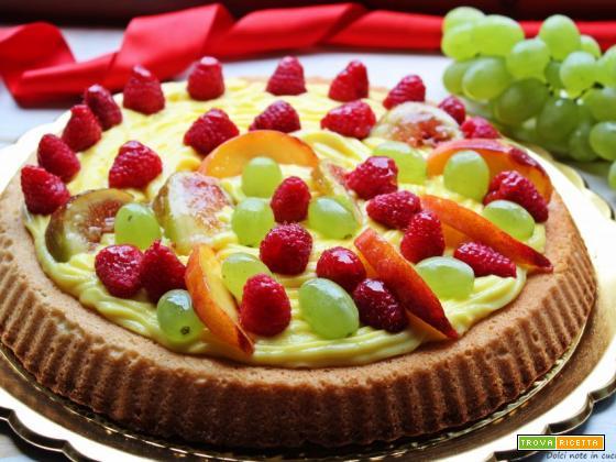 Crostata di frutta con marmellata e crema