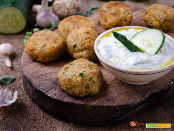 Polpette di zucchine e feta – Ricetta greca dei Kolokithokeftedes