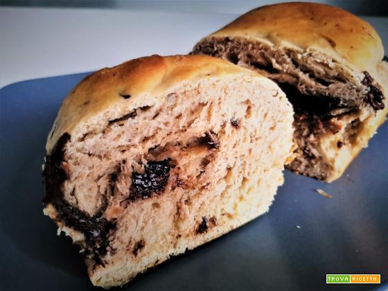Pan brioche filante con pepite di cioccolato