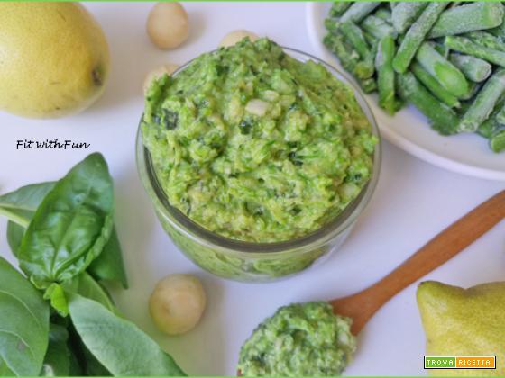Pesto di Asparagi Macadamia e Semi di Zucca