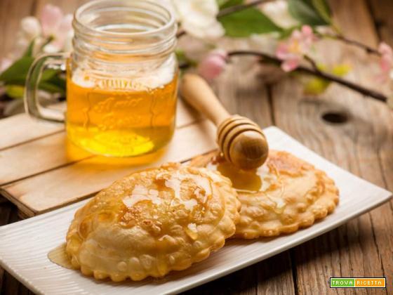 Seadas: i segreti per preparare questo tipico dolce sardo
