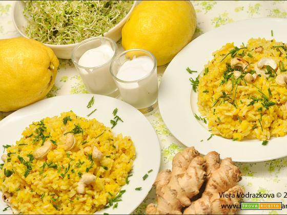 Riso con Moong Dal Dhuli allo zenzero e limone