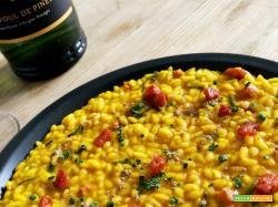 Ricetta del risotto alla curcuma con zucchine e chorizo