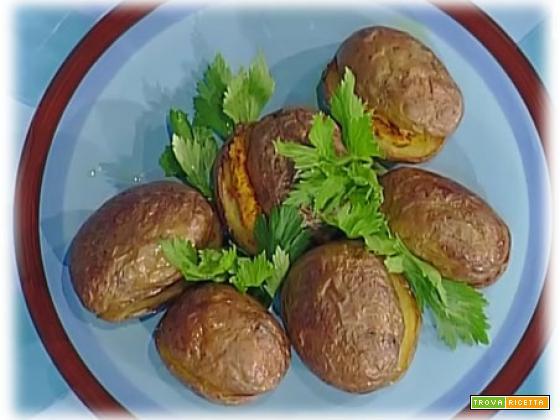 Jacket potatoes con lenticchie alla curcuma di Marco Bianchi