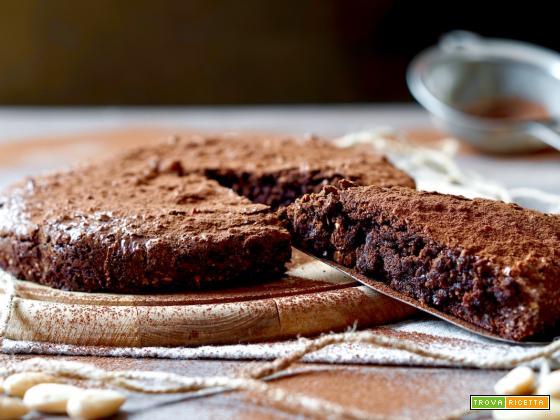 Torta Cioccolato e Mandorle dal Cuore Cremoso
