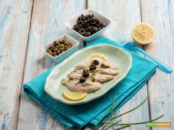 Filetti di triglia marinati al limone con capperi ed olive