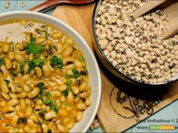 Gujarati chawli curry – curry con fagioli dall'occhio