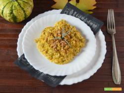 Risotto con salsiccia zucca e amaretti