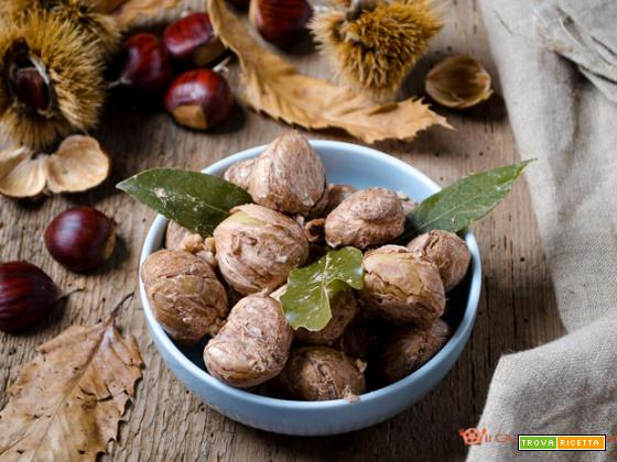 Castagne bollite all'alloro