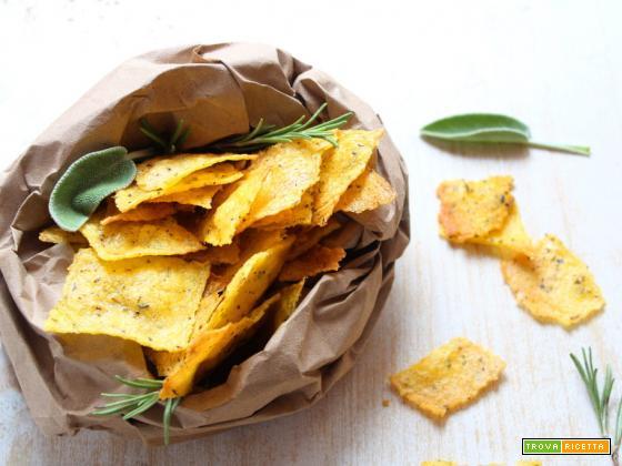 Chips di polenta alle erbe aromatiche, idea riciclo