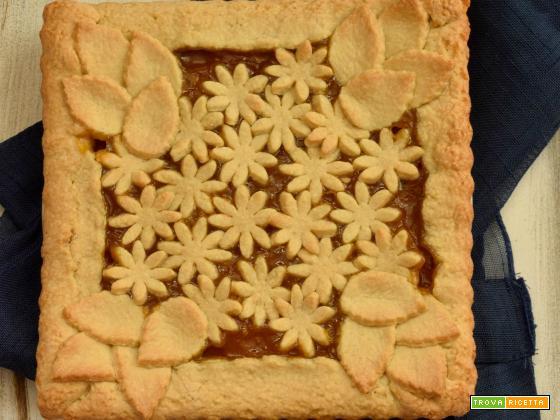 Crostata con composta di albicocca zenzero e menta
