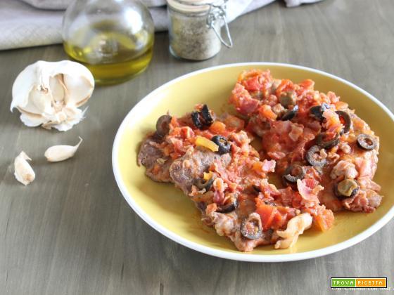 Fettine con pancetta e olive