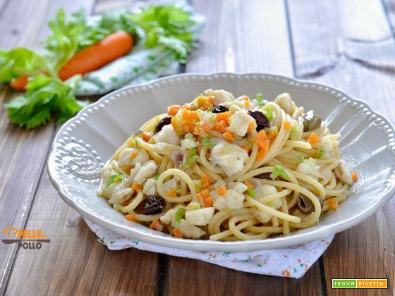 Spaghetti con rana pescatrice e verdure