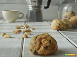 Biscotti americani arachidi e cioccolato