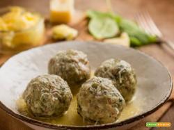 Canederli con spinaci, burro e Parmigiano, una specialità tirolese