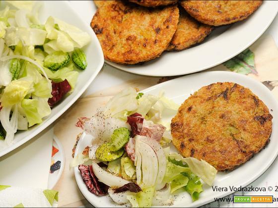 Burger di quinoa e verza senza glutine