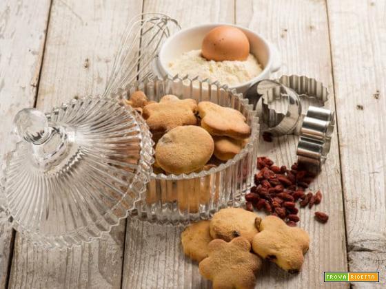 Biscotti con miglio e bacche di goji , a stare in salute si inizia dal mattino.
