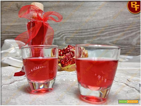 Liquore alla melagrana | ricetta facile