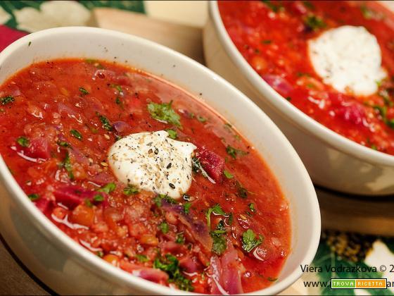 Zuppa di rapa rossa,lenticchie e sorgo senza glutine