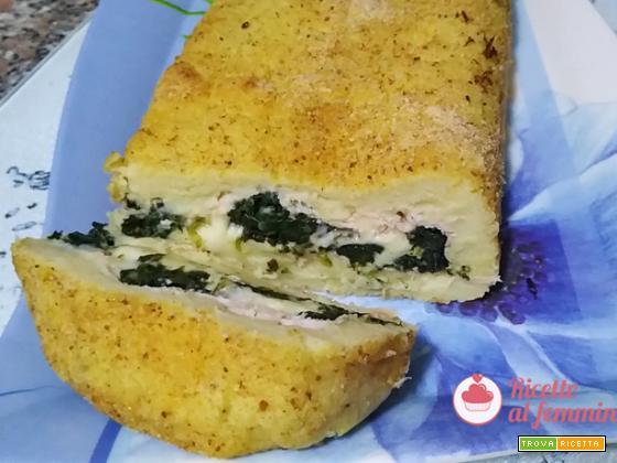 Rotolo di patate e spinaci con formaggio e prosciutto