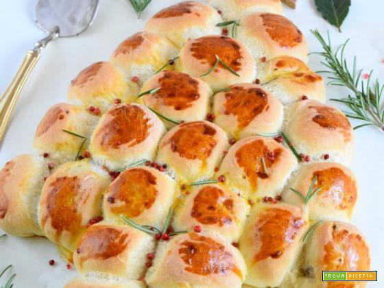Albero di mini panini alle olive taggiasche