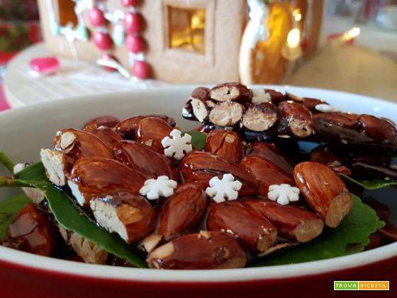Gateau sardo (croccante) di mandorle