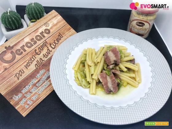 Casarecce verza e pancetta con trito d'aglio e peperoncino Cerasaro