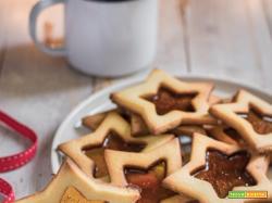 Biscotti di vetro natalizi: con caramelle
