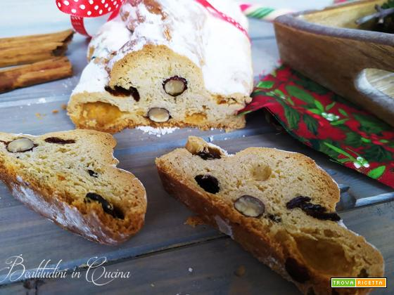 Stollen dolce di Natale