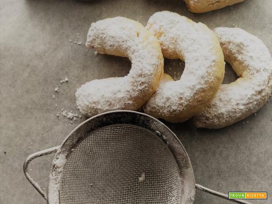 Vanillekipferl, il biscotto natalizio al burro e alla vaniglia