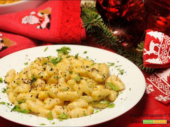 Gnocchetti sardi alla crema di zucca e anacardi